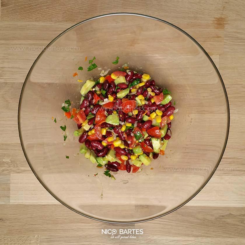 genialer kidneybohnen low carb salat mit avocado nico bartes schnell abnehmen durch gesunde. Black Bedroom Furniture Sets. Home Design Ideas