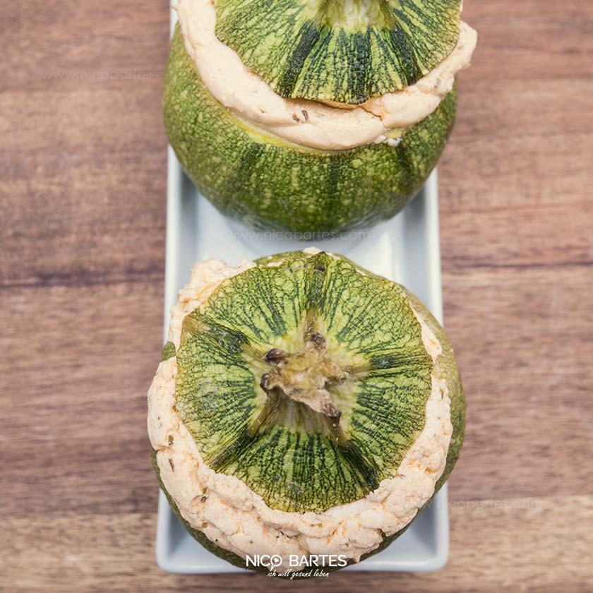 runde zucchini gef llt mit low carb feta sauce nico bartes schnell abnehmen durch gesunde. Black Bedroom Furniture Sets. Home Design Ideas