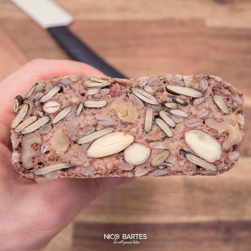 Gesundes Brot Rezept ohne Hefe | Einfach und rasch zubereitet